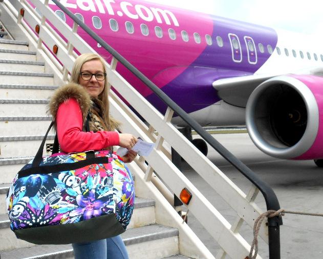 Piankowa podróżna torba - mały bagaż podręczny do samolotu