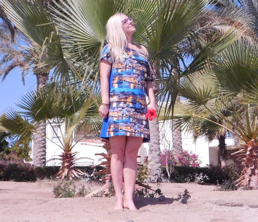 Wakacyjna sukienka w środku zimy ;-)