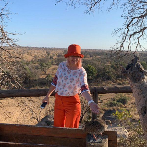 Outfit na safari. Burda 8/2019 model 107